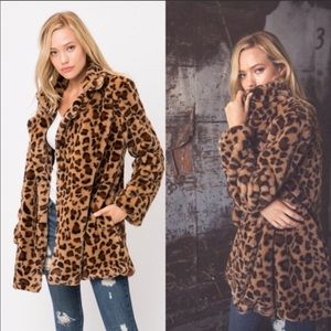 Jackets & Blazers - ✨LAST ONE ✨Must have Leopard faux fur jacket